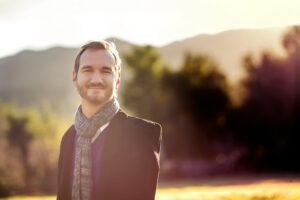 """Ник Вуйчич""""Моя миссия –это помочь людям найти свой путь в жизни""""   Блог Радость в каждом дне"""