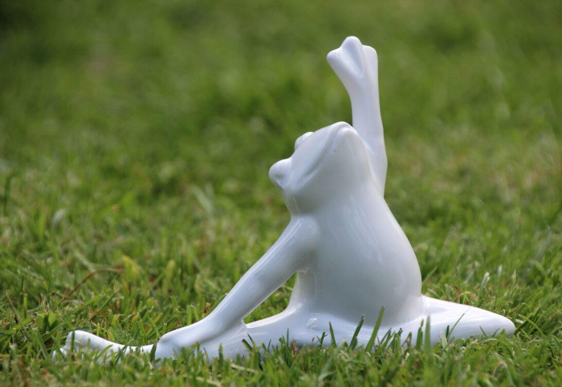 yoga 2393202 1920 min - Йога - заниматься в студии или дома?