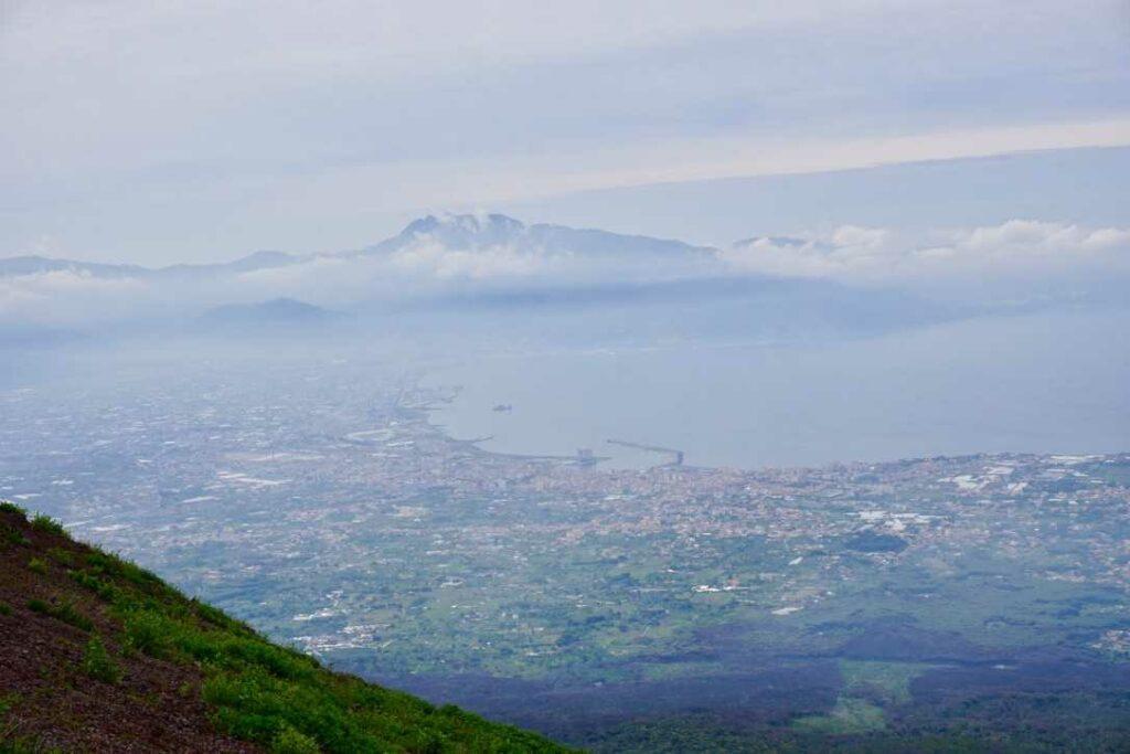 Вид на Неаполь с Везувия | Блог Радость в каждом дне