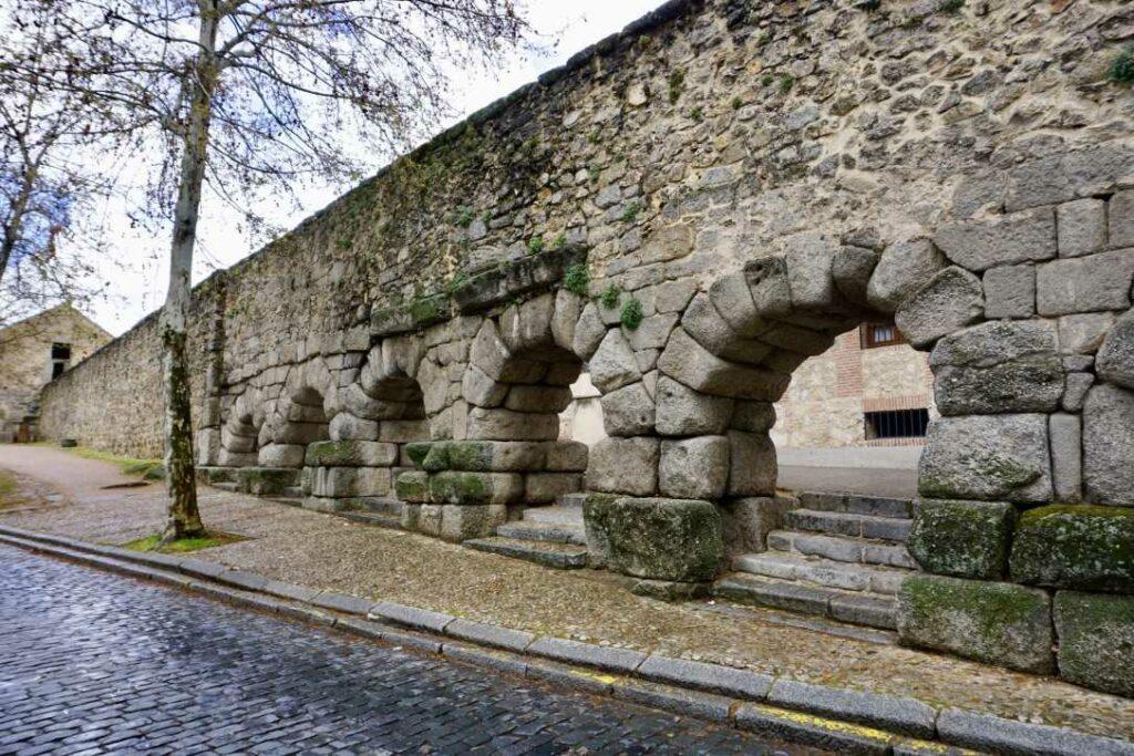 Римский Акведук в Сеговии | Блог Радость в каждом дне