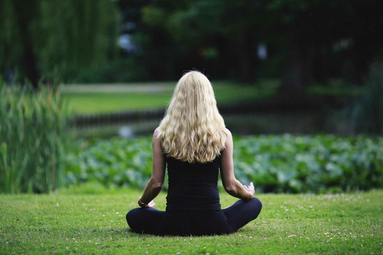 9 лучших медитаций для начинающих